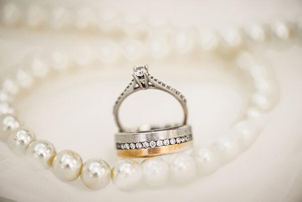 黃金珠寶、名錶、精品典當服務s