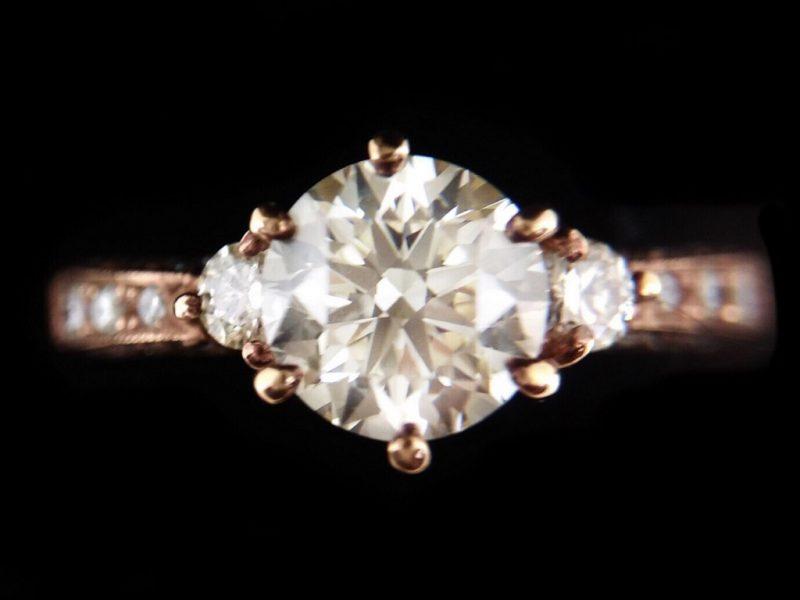 天然美鑽石 造型鑲鑽女戒