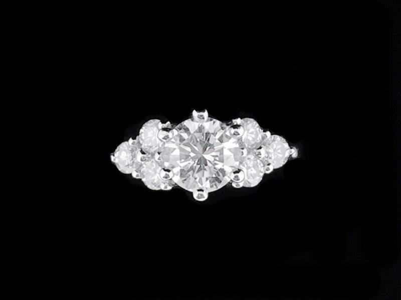 天然美鑽石 豪華設計款鑲鑽女戒