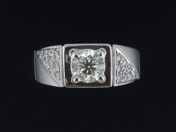 天然鑽石男戒指